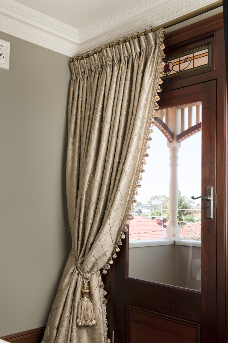 Drapes with Goblet Pleating