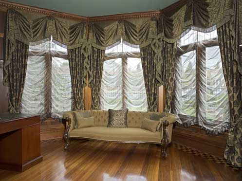 Festoon Blinds With Drapes & Matching Swag & Tails